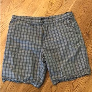 Tommy Hilfiger | Men's Forest Green Plaid Shorts